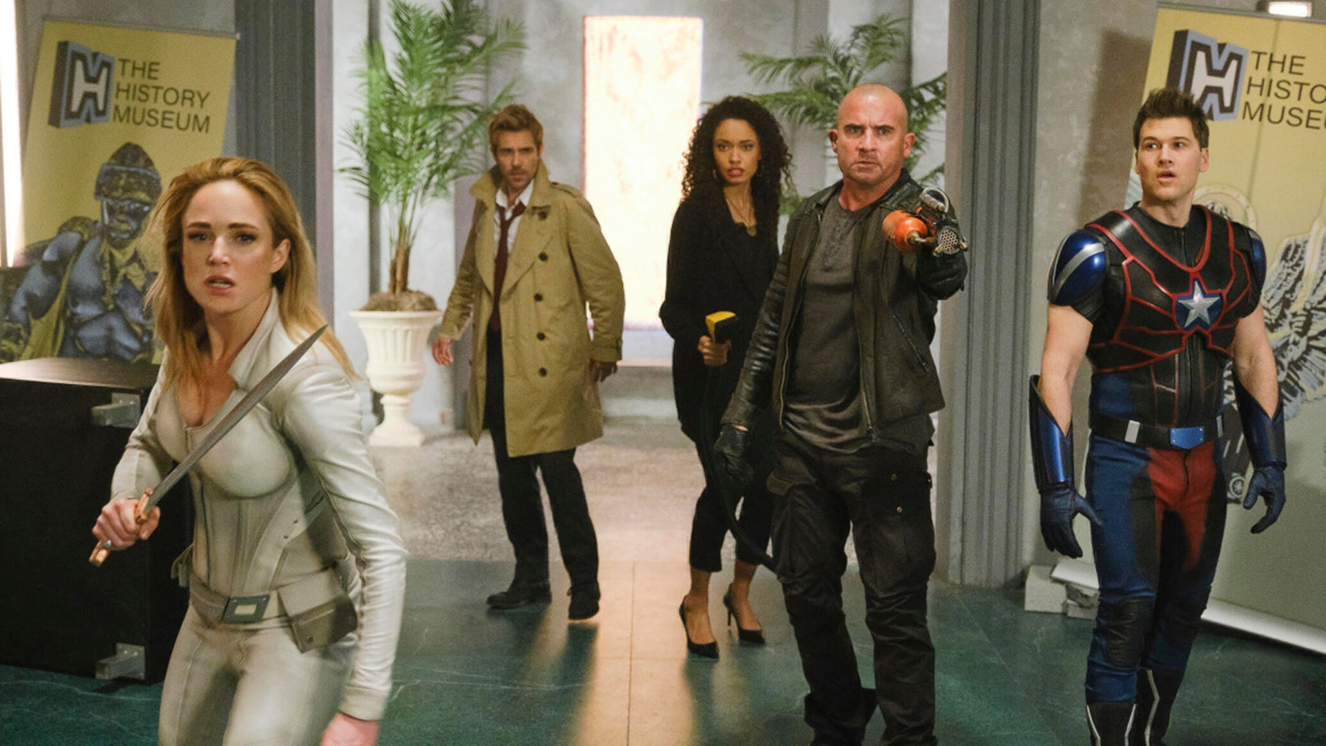 Caity Lotz, Matt Ryan, Olivia Swan, Dominic Purcell and Nick Zano, DC Legends of Tomorrow