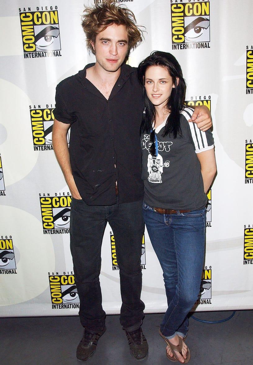 Robert Pattinson and actress Kristen Stewart attend the 2008 Comic-Con International on July 24, 2008