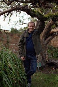 Ardal O'Hanlon as DI Jack Mooney