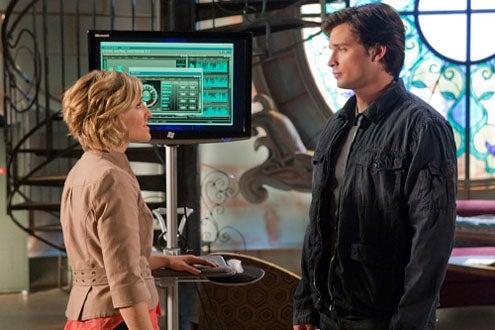 "Smallville - Season 9 - ""Kandor"" - Allison Mack and Tom Welling"