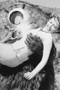 Claudia Barrett as Gilda