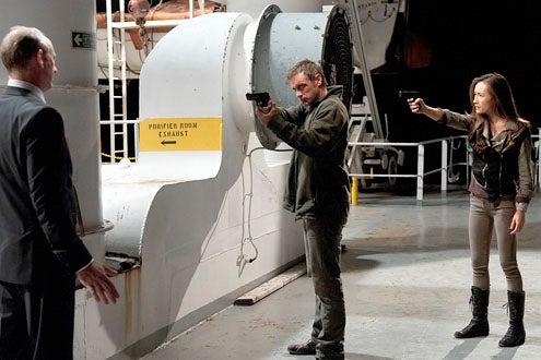 "Nikita - Season 1 - ""The Guardian"" - Xander Berkley as Percy, Devon Sawa as Owen and Maggie Q as Nikita"
