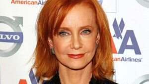 Pushing Daisies' Swoosie Kurtz to Hang with Housewives