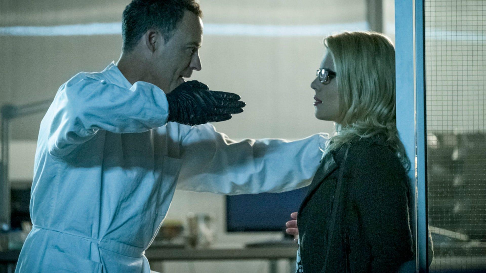 Tom Cavanagh and Emily Bett Rickards, The Flash