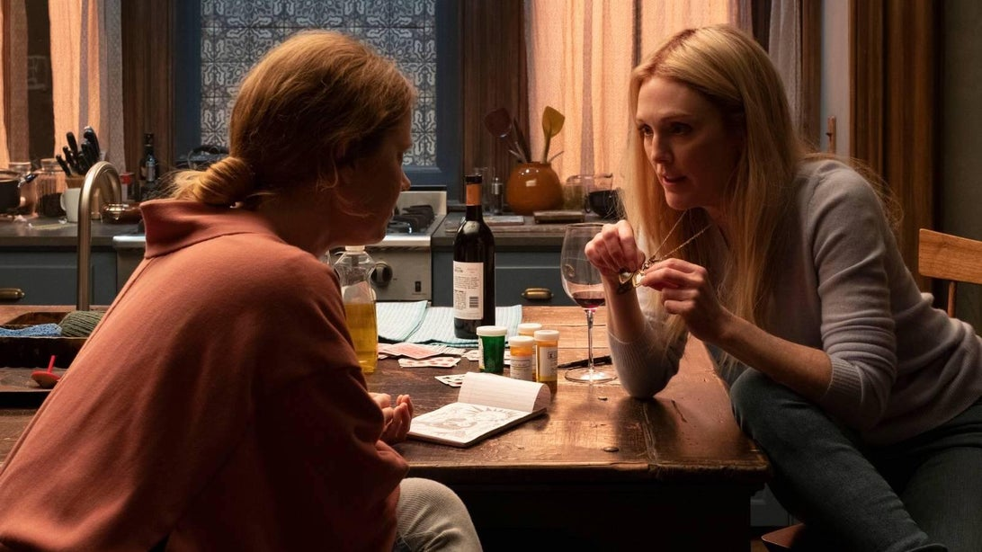 Amy Adams and Julianne More, The Woman in the Window