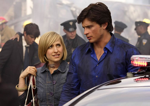 "Smallville - Season 8 - ""Plastique"" - Allison Mack as Chloe Sullivan and Tom Welling as Clark Kent"