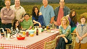 Modern Family, Glee Win Peabody Awards