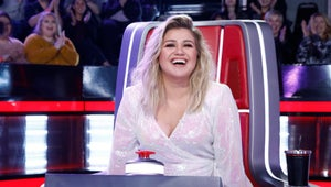 Kelly Clarkson Replaces Injured Simon Cowell for America's Got Talent Live Rounds