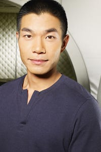 Nelson Lee as Detective Cho