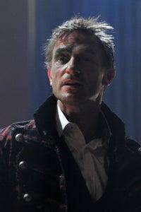 Thomas Kretschmann as Richard Goss