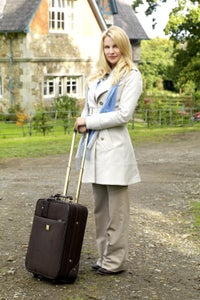 Nicollette Sheridan as Betsy O'Connell