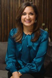 Amna Nawaz