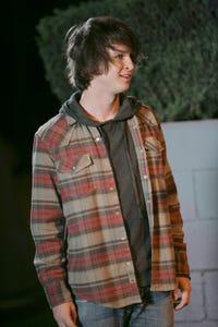 Ben Seaward as Neil