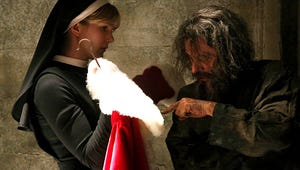 Get Committed: A Scary Santa Haunts American Horror Story: Asylum!