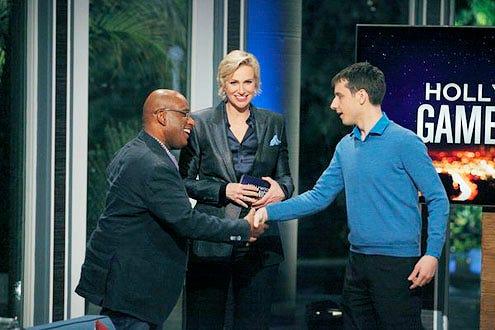Hollywood Game Night - Season 1 - Al Roker, Jane Lynch and Contestant