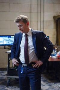 Mark Pellegrino as Agent Johnson