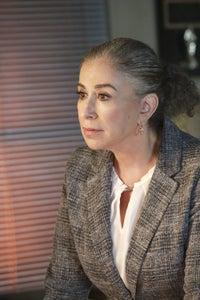 Roma Maffia as Julie Beckenworth