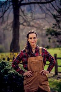 Erin Cahill as Tammy