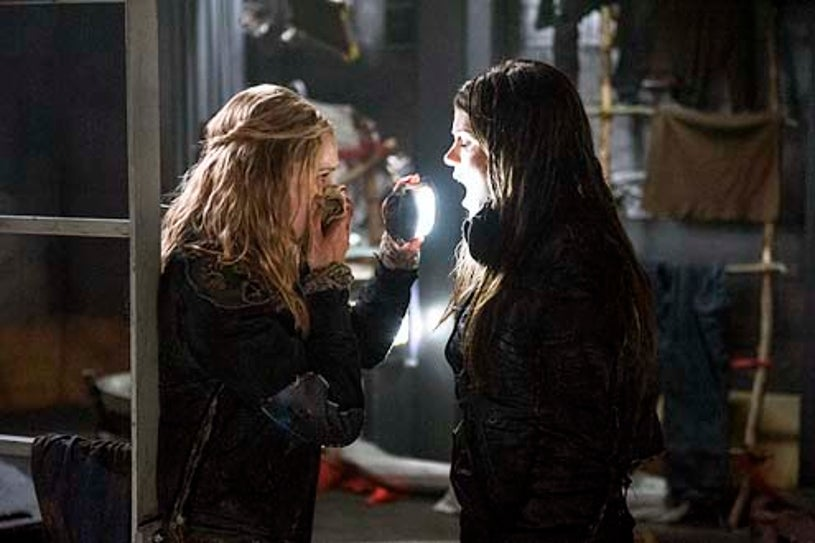 """The 100 - Season 1 - I Am Become Death"""" - Eliza Taylor and Marie Avgeropoulos"""