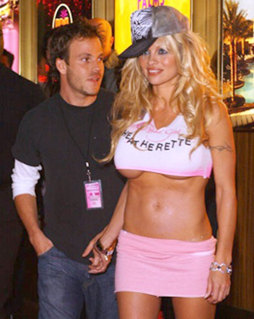Stephen Dorff and Pamela Anderson - Pamela Anderson Launches Her New Clothing Line in Las Vegas, February 16, 2005