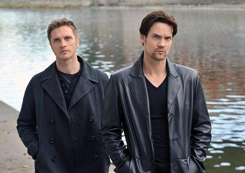 """Nikita - Season 2 - """"Pale Fire"""" - Devon Sawa as Owen and Shane West as Michael"""