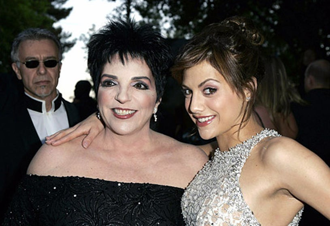 "Liza Minnelli and Brittany Murphy - amfAR ""Cinema Against AIDS"" Gala, May 19, 2005"