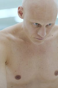 Tomas Lemarquis as Jiles