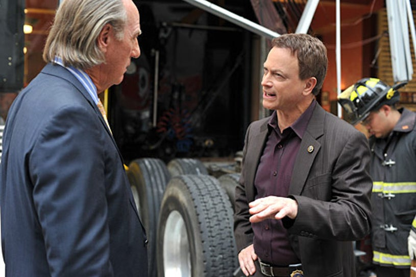 "CSI: NY - Season 5 - ""Pay Up"" - Craig T. Nelson, Gary Sinise"