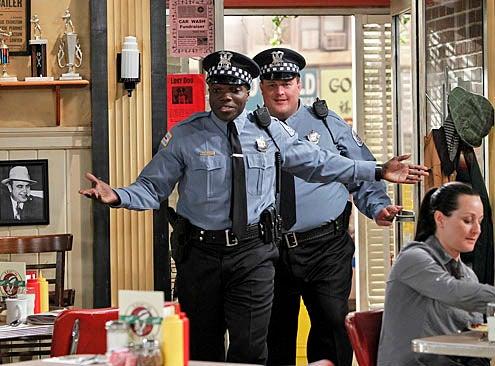 "Mike & Molly - Season 2 - ""Goin' Fishin"" - Reno Wilson as Carl, Billy Gardell as Mike"