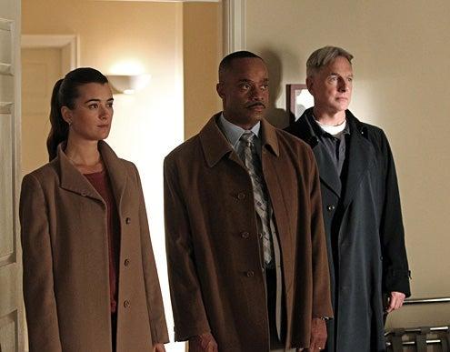 "NCIS - Season 10 - ""Shabbat Shalom"" - Cote de Pablo, Rocky Carroll, Mark Harmon"