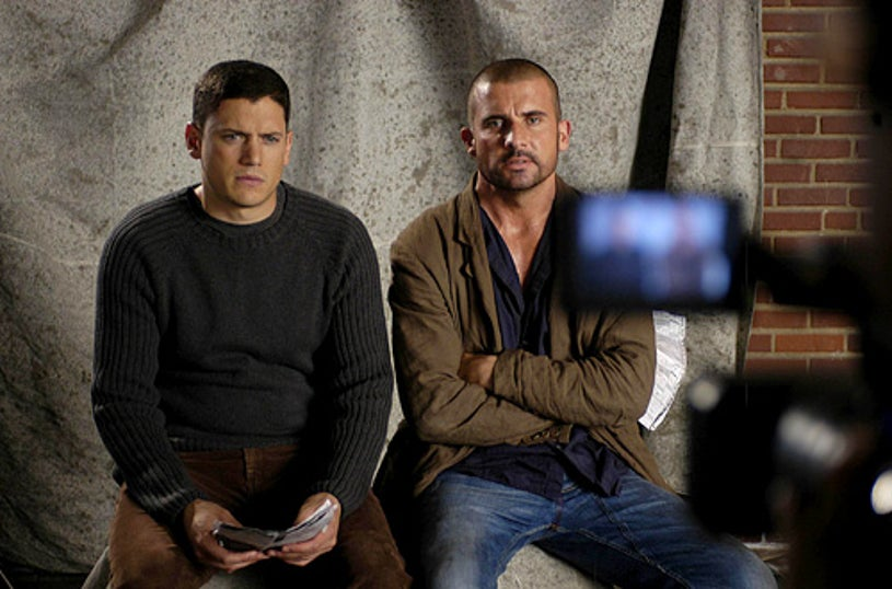 """Prison Break - """"The Message"""" - Wentworth Miller as Michael, Dominic Purcell as Lincoln"""