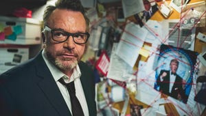 Tom Arnold Says He's Basically Bob Woodward in The Hunt for the Trump Tapes