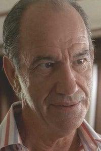 Simon Andreu as Gonzalo Mora Sr.