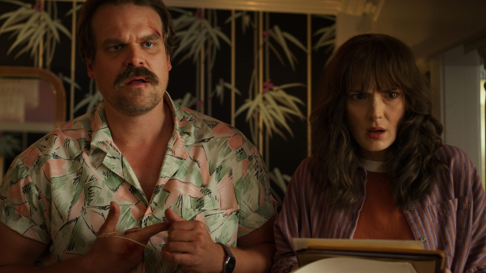 David Harbour and Winona Ryder, Stranger Things 3