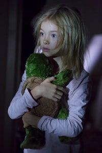 Shree Crooks as Scarlett Lowe