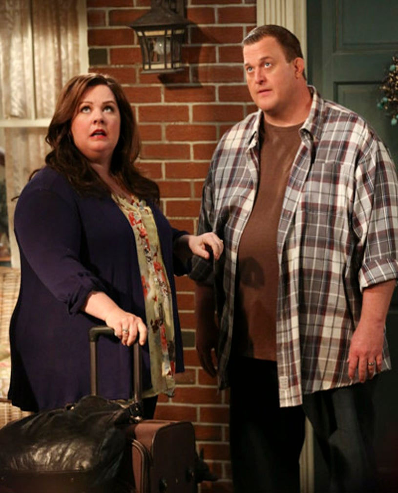 """Mike & Molly - Season 3 - """"Molly's Out of Town"""" - Billy Gardell, Melissa McCarthy"""
