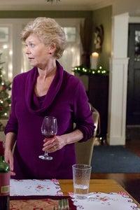 Colleen Winton as Edna