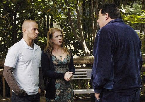 My Fake Fiance - Joey Lawrence, Melissa Joan Hart and Steve Schirripa