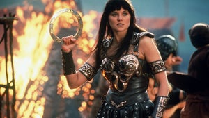 Check Out Lucy Lawless in This Loving Xena Reunion Photo