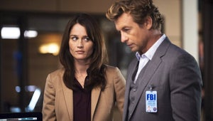 Exclusive Mentalist Sneak Peek: Will a Case Get in the Way of Jane and Lisbon's Romantic Weekend?