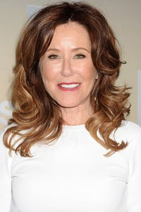 Mary McDonnell as Eleanor Carter