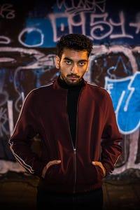 Nabhaan Rizwan as Tim Das