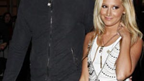 Ashley Tisdale and Boyfriend Split