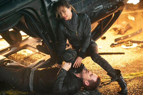 "Nikita - Season 3 - ""Intersection"" - Maggie Q and Shane West"