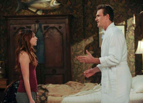 "How I Met Your Mother - Season 9 - ""Unpause"" - Jason Segel as Marshall, Allyson Hannigan as Lily"