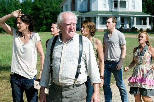 "The Walking Dead - ""Chupacabra"" - Sarah Wayne Callies, Melissa Suzanne McBride, Scott Wilson, Lauren Cohan, Jamesn Alle McCune and Jane McNeill"