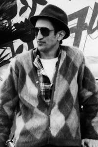 Richard Edson as Garage Attendant