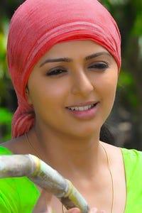 Bhumika Chawla as Divya