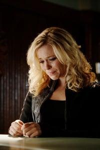 Amy Gumenick as Becca Wells
