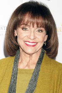Valerie Harper as Valerie Hogan
